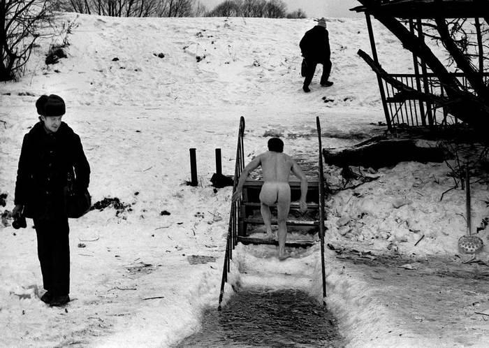 Геннадий Бодров на съемке Без рейтинга, Память, Моржевание
