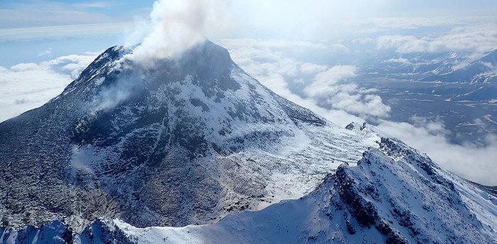 Картинки по запросу вулканы камчатки