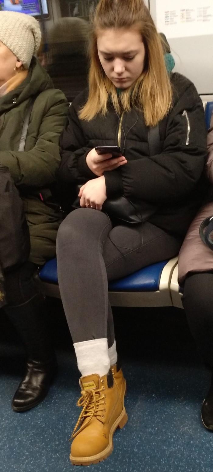 Люди в метро Носки, Метро, Странности, Длиннопост