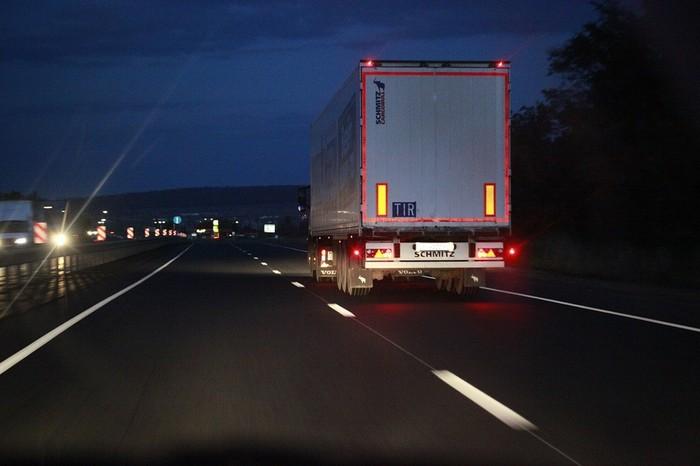 Добра пост или как уфимские водители спасли дальнобойщика из Астрахани Дальнобойщики, Уфа, Помощь на дорогах