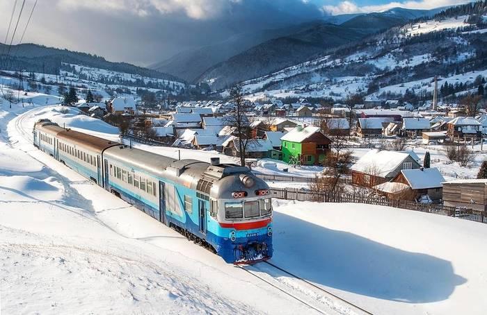 Карпатская красотища Рахов, Украина, Закарпатская область, Дизель поезд, Ясиня