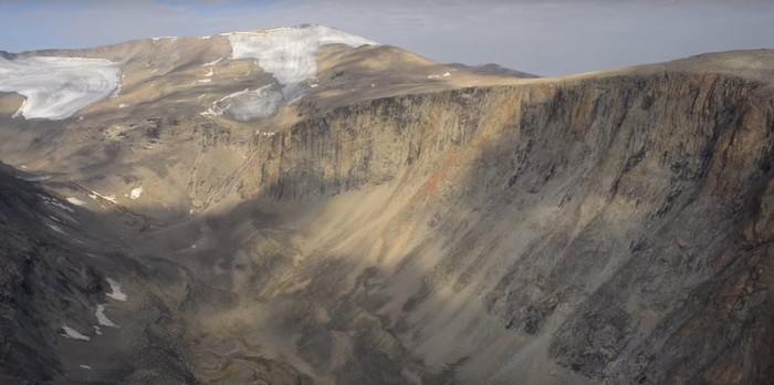 В Арктике оттаяли растения, замерзшие 40 тысяч лет назад Арктика, Антарктида, Лёд, Растения, Видео, Длиннопост