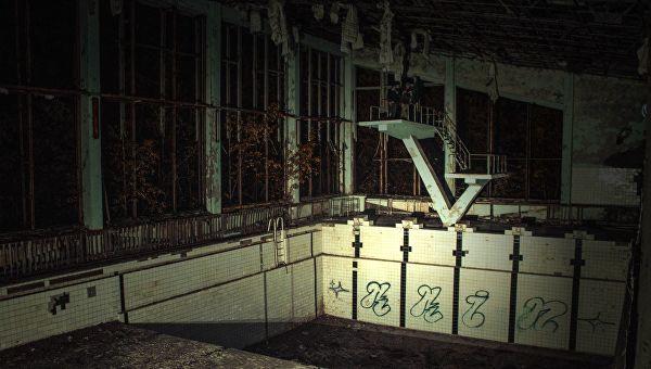 """""""Зона не отпускает"""": зачем сталкеры едут в Чернобыль Чернобыль, Припять, Зона очтуждения, Чаэс, Сталкер, Видео, Длиннопост"""