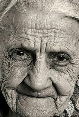 Соседка - бабушка божий одуванчик Старость, Соседи, Маразм, Бытовуха, Длиннопост