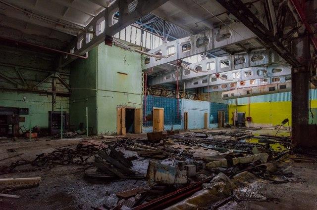 Зона отчуждения. Прогулка со сталкером по Чернобылю Сталкер, Чернобыль, Припять, Длиннопост