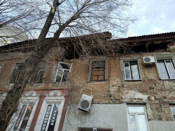 Стены домов продолжают обрушаться Саратов, Обрушение, Стена, Видео, Длиннопост