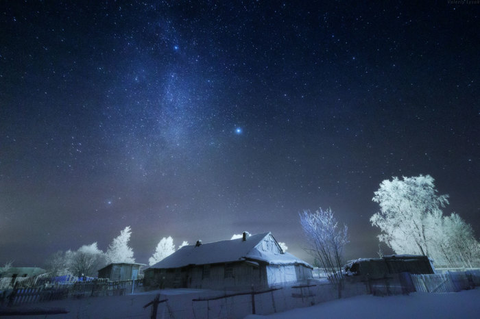 Ночь за городом, открывает взору чудесное звездное небо!