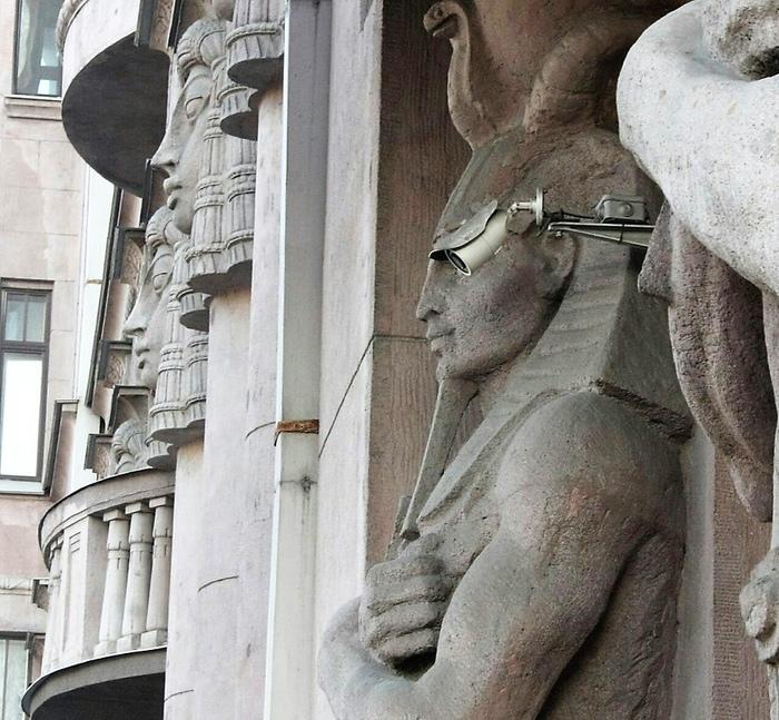 Всевидящее око фараона Фараон, Архитектура, Видеонаблюдение, Санкт-Петербург, Ракурс