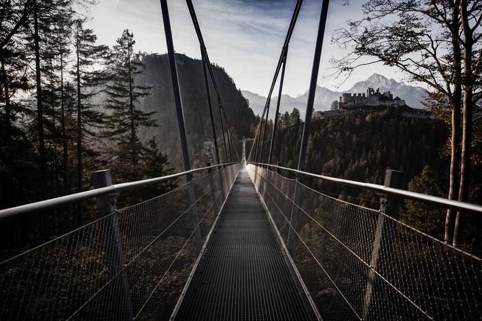 Подвесной мост над руинами замка Эренберг, Тироль Пейзаж, Одиночное путешествие, Canon 5DM2, Австрия