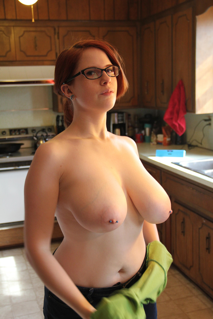 Geeky girl with big boobs 14