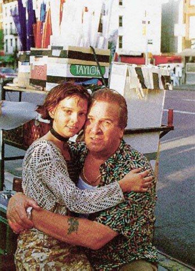 Фотографии со съёмок и интересные факты к фильму Леон 1994 год Леон, Жан Рено, Люк Бессон, Натали Портман, Гэри Олдман, Фото со съемок, 90-е, Длиннопост
