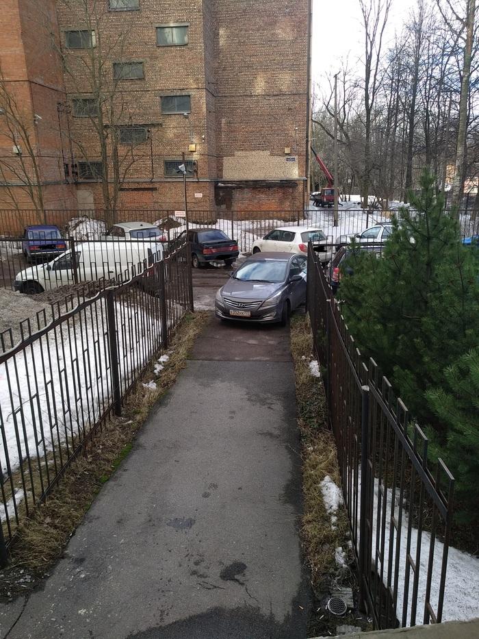"""Отлично """"запарковался"""". Неправильная парковка, Длиннопост, Каршеринг, Водятел"""