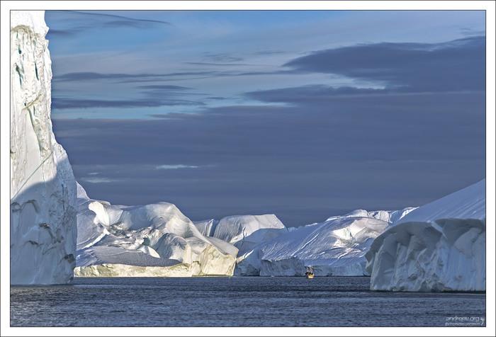 Гренландия: среди полуночных айсбергов Гренландия, Путешествие в Европу, Путешествия, Айсберг, Круиз, Айсберг в океане, Фотография, Рассказ, Длиннопост