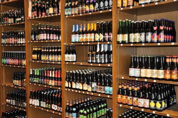 Рубрика «Кому на Руси жить хорошо»: бизнесмен заказал алкоголь на 100 000 рублей, а когда не смог его реализовать – с горя всё выпил. Бизнес, Алкоголь, Долг, Судебные приставы, Предпринимательство, Уголовное дело, Магазин