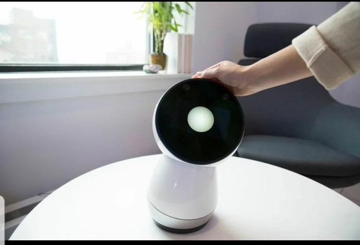 Серверы роботов Jibo отключают. Перед «смертью» роботы благодарят хозяев за проведённое вместе время и танцуют Робот, Прощание, Грустнаяжизнь, Социальное, Видео, Длиннопост