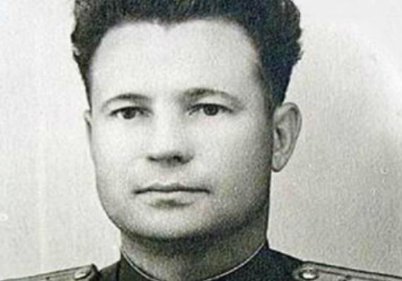 Советский летчик, который был награжден и Гитлером, и Сталиным. Длиннопост, Легенда, Наши люди, История, Реальная история из жизни