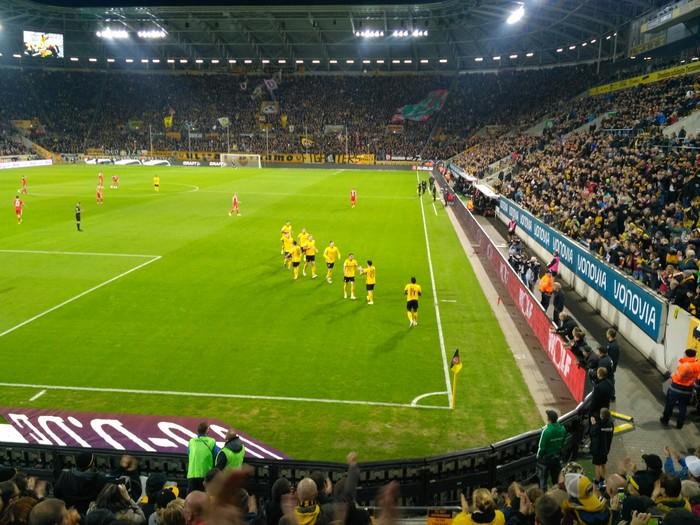 Как я принял участие в протестах немецких ультрас Футбол, Германия, Ультрас, Динамо дрезден, Длиннопост