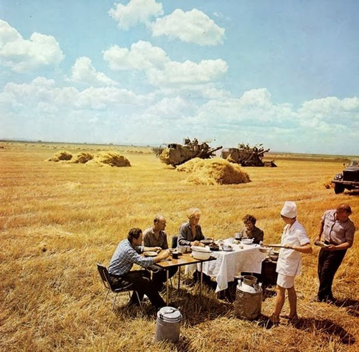 Обед в поле СССР