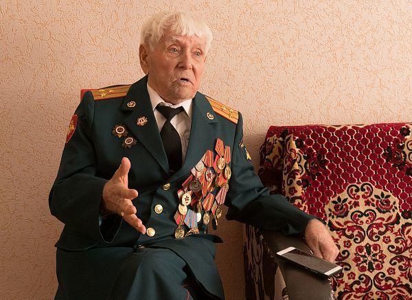 «Я трижды умирал»: Ветеран рассказал, каково на самом деле было воевать на танке Т-34 Иван Тимофеевич Голощапов, Великая Отечественная война, Герои, Бурятия, Длиннопост
