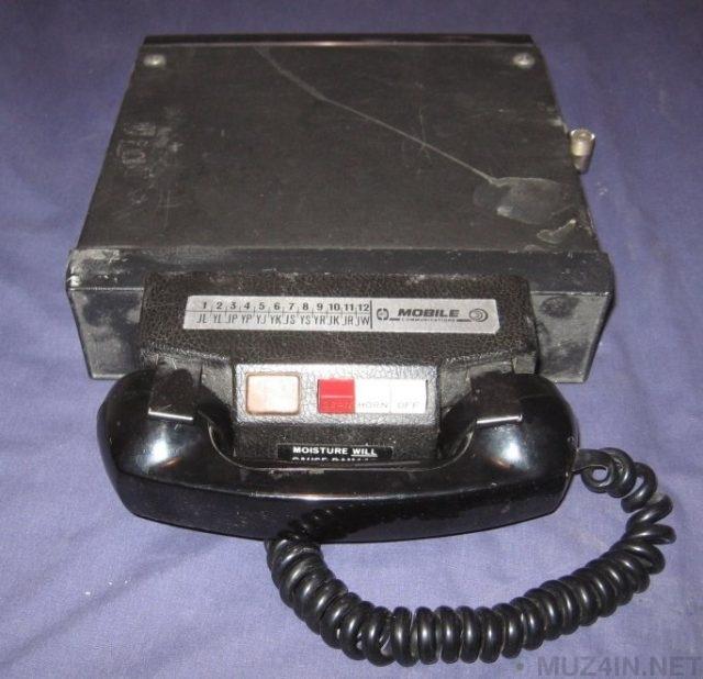 Первый в истории звонок по сотовому телефону был сделан для того, чтобы потроллить конкурентов Познавательно, Изобретения, Факты, История, Интересное, Телефон, Технологии, Мобильные телефоны, Длиннопост