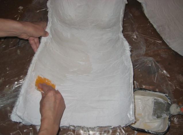 Манекен своими руками нужно, чтобы, Теперь, манекен, поверхность, Солнц, время, аккуратно, будет, скотча, этого, половинки, фигуры, сделать, можно, бинты, слепок, поверхности, своей, очень