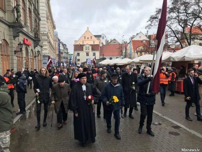 Очередное 16 марта, очередное шествие легионеров - СС в столице Латвии. Нацизм, Прибалтика, Латвия, Эстония, Литва, Коллаборационизм, Длиннопост, Политика
