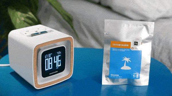 Sensorwake Trio: часы, которые будят приятным запахом Kickstarter, Indiegogo, Гаджеты, Умный дом, Будильник, Технологии, Будущее, Гифка, Длиннопост