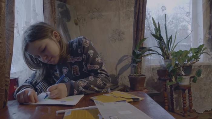 Селяне затравили 12-летнюю девочку за письмо Путину Томсино, Тася, Новости, Псковская область, Травля, Зависть, Негатив