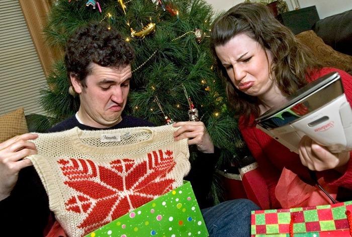 Реддиторы поделились идеямипассивно-агрессивных подарков для родственников, с которыми вы не ладите Reddit, Askreddit, Перевод, Необычные подарки, Подарок, Троллинг, Длиннопост