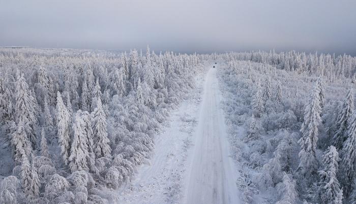 Холодное утро в окрестностях рабочего посёлка шахты № 75. Один из отдалённых микрорайонов г. Гремячинска. Пермский край.
