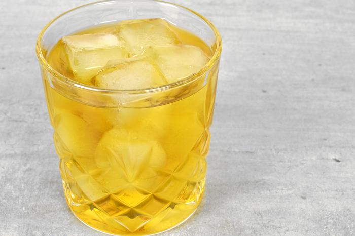 "Шорт-коктейль ""Крестный отец"" Алкоголь, Коктейль, Коктейль шорт, Бар, Рецепт, Длиннопост, Виски, Амаретто"