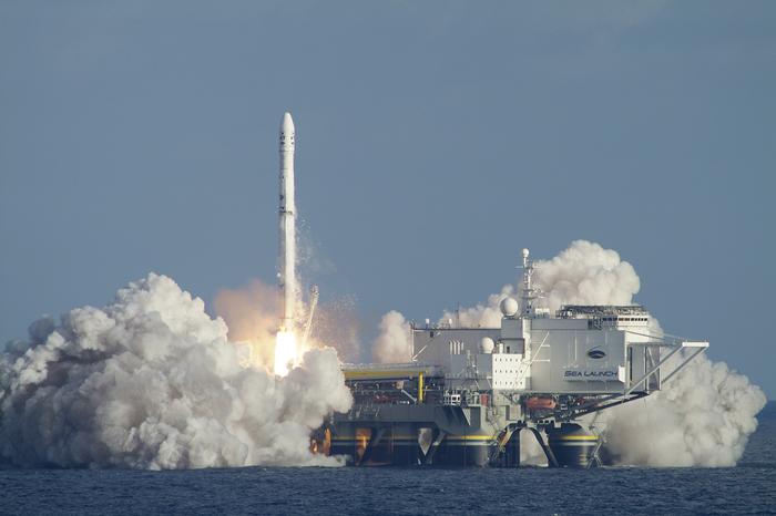 """Роскосмос адаптирует ракету-носитель под """"Морской старт"""" Роскосмос, Южмаш, Зенит, Морской старт, Ркк Энергия, S7 Space, Новости"""