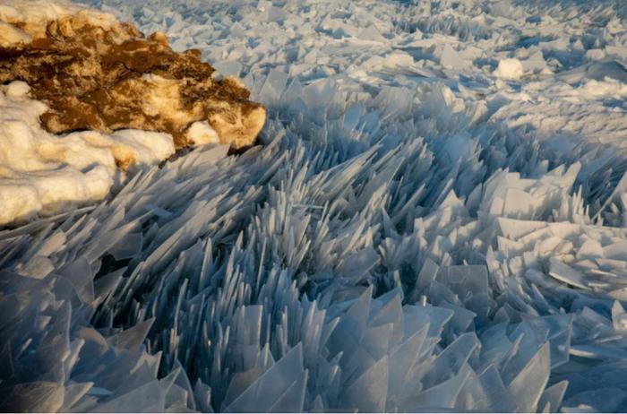 «Ощетинившееся» озеро Мичиган Озеро, Лед, Америка