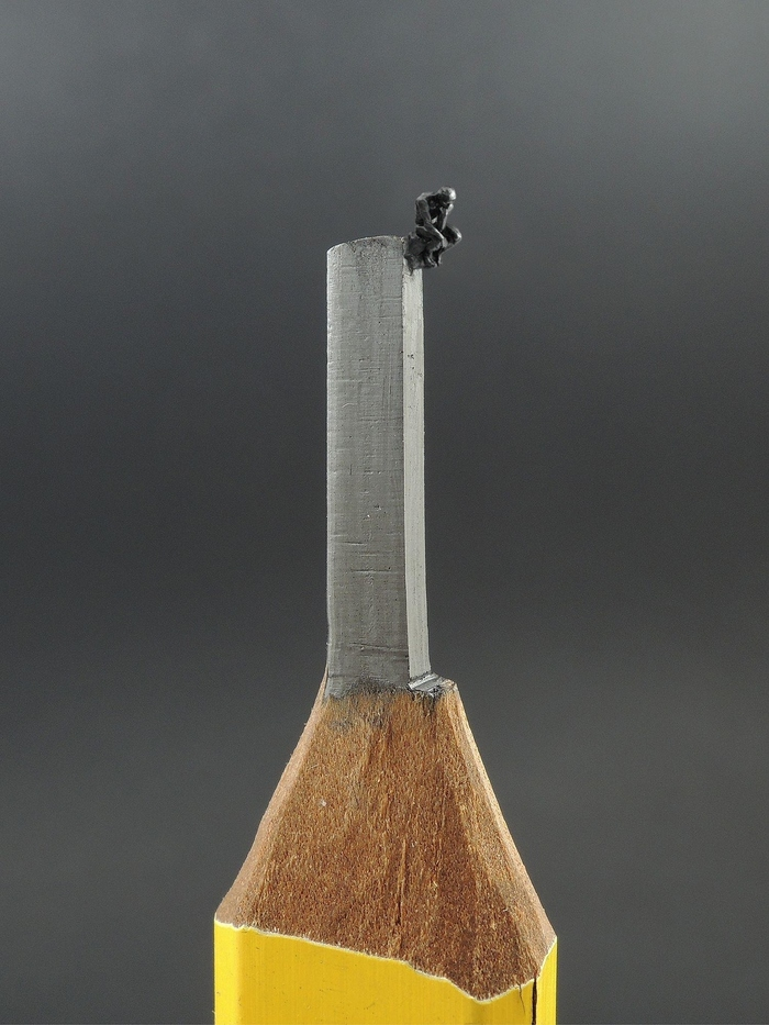 Резьба по стержню карандаша