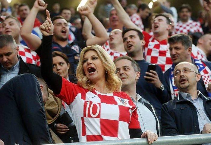 Президент Хорватии Грабар-Китарович смотрит матчВенгрия – Хорватия Хорватия, Венгрия, Футбол, Президент, Колинда Грабар-Китарович