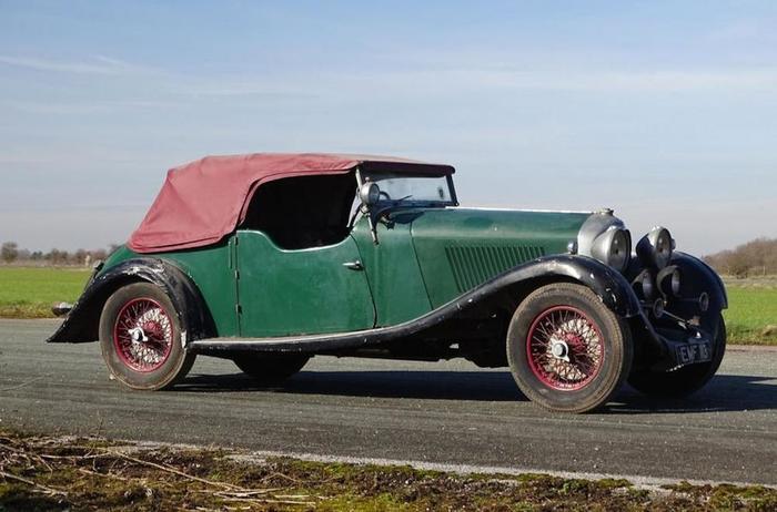Bentley, забытый на 30 лет в гараже, ушел с молотка за 40 миллионов рублей Бентли, Bentley 4 -Litre 1936, Забытый в гараже, Длиннопост, Ретроавтомобиль