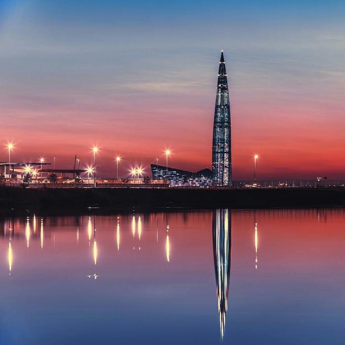 Прекрасный закат у Лахта-центра