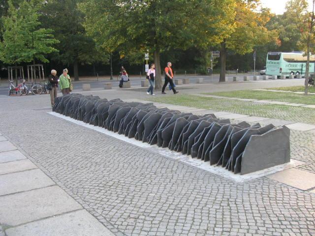 Антифашизм Антифашизм, Берлин, Рейхстаг, Памятник