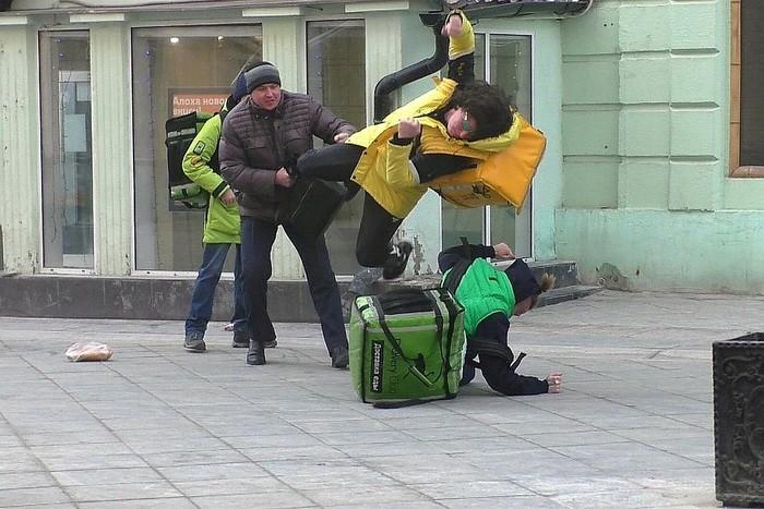 Приключения Нео в России.