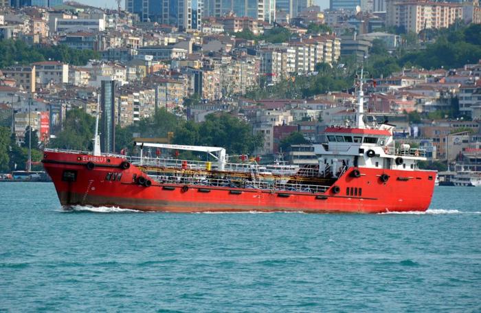 Мигранты захватили спасшее их судно в Средиземном море и направились к Мальте Новости, Мигранты, Корабль, Мальта, Негатив