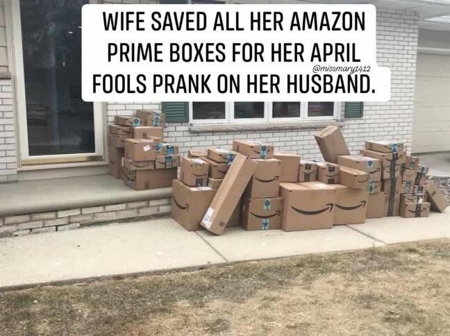 Жена сохранила пустые ящики от Амазона чтобы устроить мужу первоапрельский розыгрыш