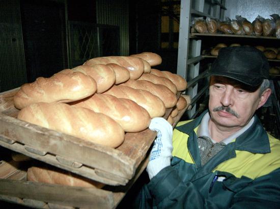 Цену на хлеб предложили привязать к стоимости бензина Хлеб, Аркадий Гольдштейн, Фотография, Цены, Рост цен, Новости, Омск