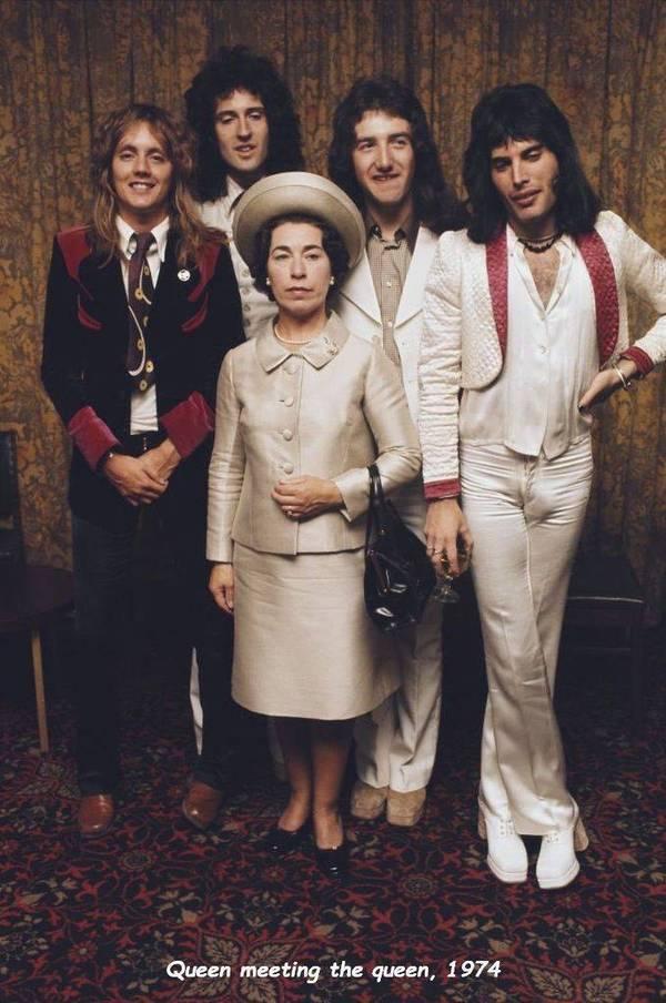 Queen meeting the queen, 1974