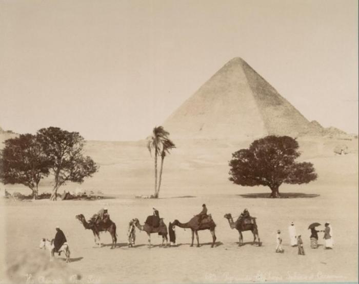 Караван. Караван, Гиза, Пирамида, Историческое фото