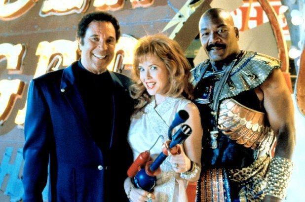 Фотографии со съёмок и интересные факты к фильму Марс атакует 1996 год. Марс атакует, Тим Бертон, Знаменитости, Фото со съемок, 90-е, VHS, Фильмы, Длиннопост
