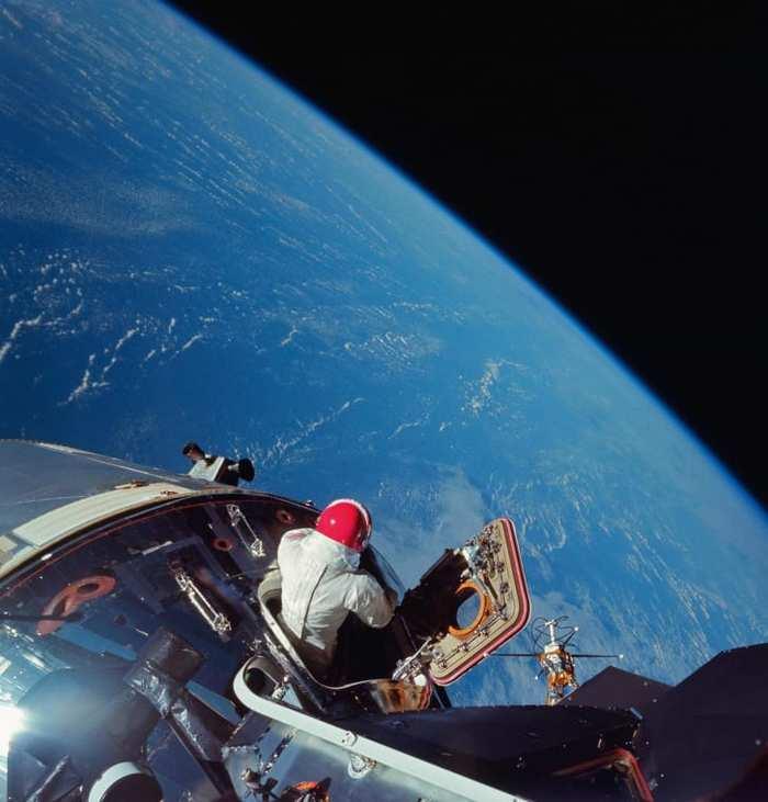 "Миссия ""Аполлон-9"" Космос, Космонавт, Скафандр, Аполлон"