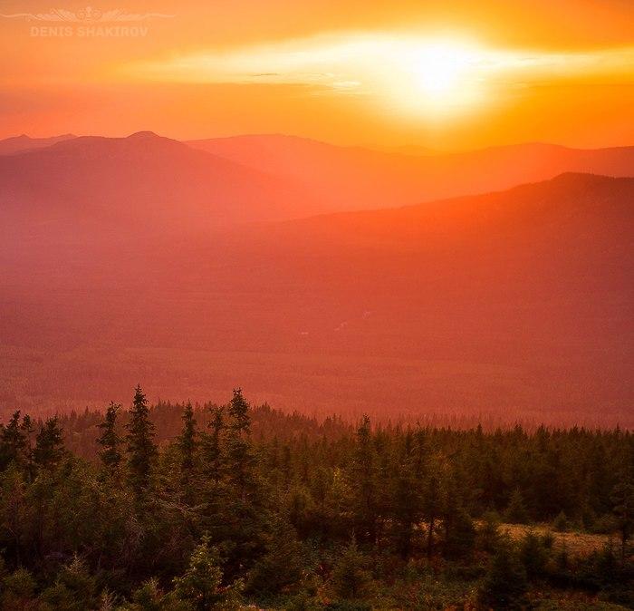 Последние лучи солнца в национальном парке Зюраткуль Южный Урал, Зюраткуль, Горы, Туризм, Челябинская область, Природа, Фотография, Закат