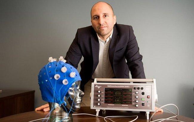 Слабая электростимуляция мозга позволяет «омолодить» память на 50 лет Нейробиология, Электростимуляция, Память, Новости