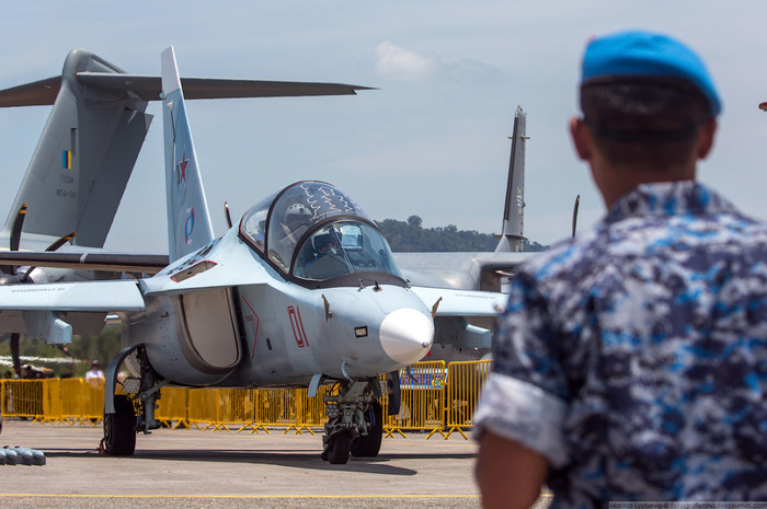 Умный самолет Як-130 Як, Авиация, Длиннопост, Самолет, м-346