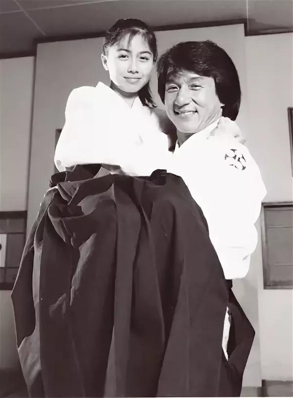 Джеки и старшая дочь Стивена Сигала Аяко Фудзитани Джеки Чан, Стивен Сигал, Айкидо, Фотография, 90-е, Детство 90-х